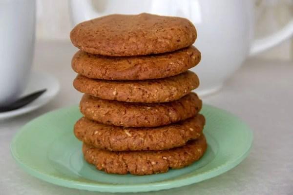 Biscuits croustillants au beurre de cacahuètes pour le thé