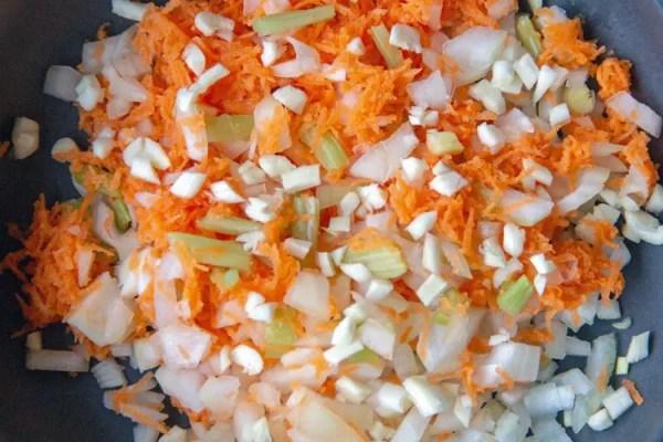 Petits légumes pour la bolognaise