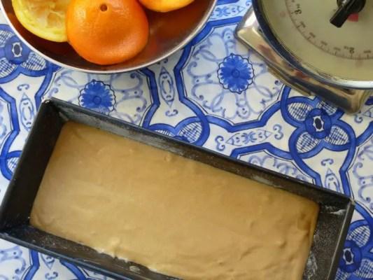 Cake à l'orange avant cuisson dans son moule