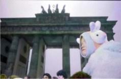 """Inaugurazione della mostra """"Berlin, Brandenburger Tor 1989"""" con fotografie di Massimo Golfieri presso Studio Cenacchi"""