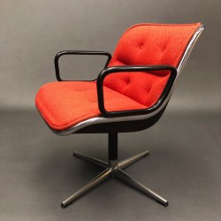 Fauteuil rouge Charles Pollock Knoll