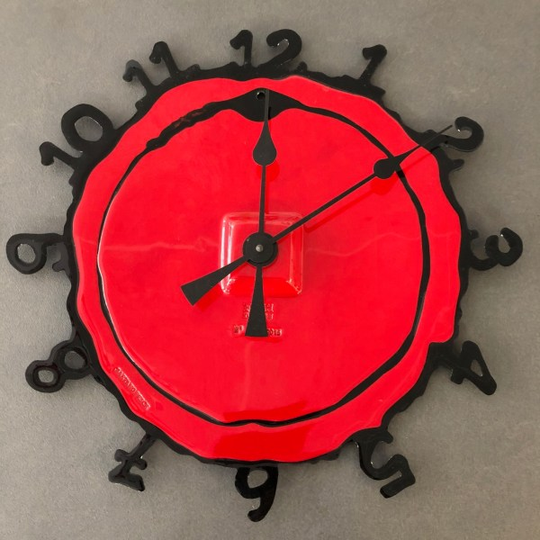 Pendule Round The Clock Gaetano Pesce Fish Design