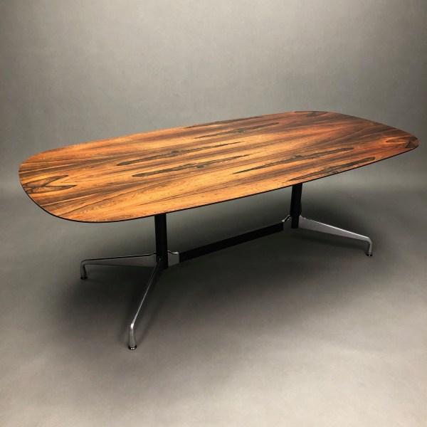 Table Segmented plateau en palissandre Charles & Ray Eames Vitra