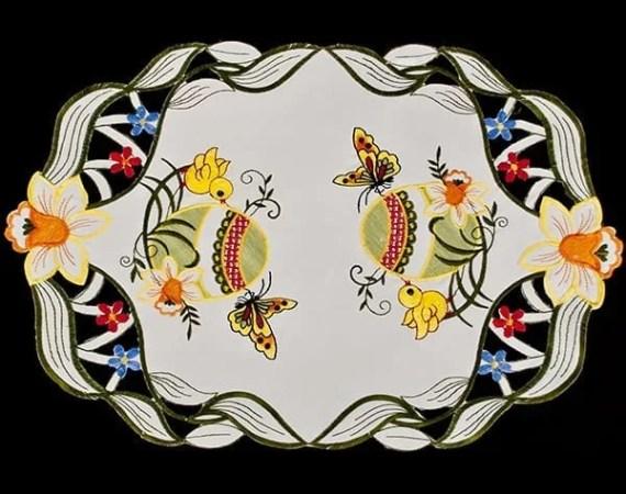 easter egg chicks butterfly place mat v1 web ready