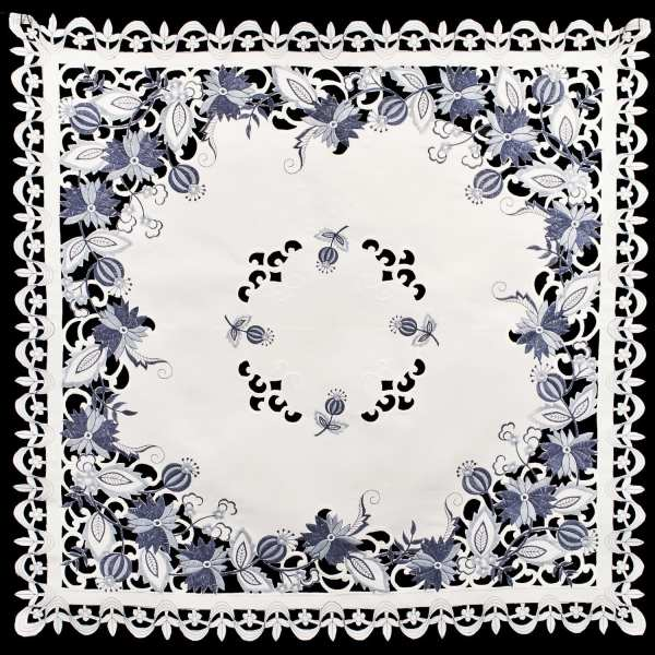 embroidered delft blue onion table topper