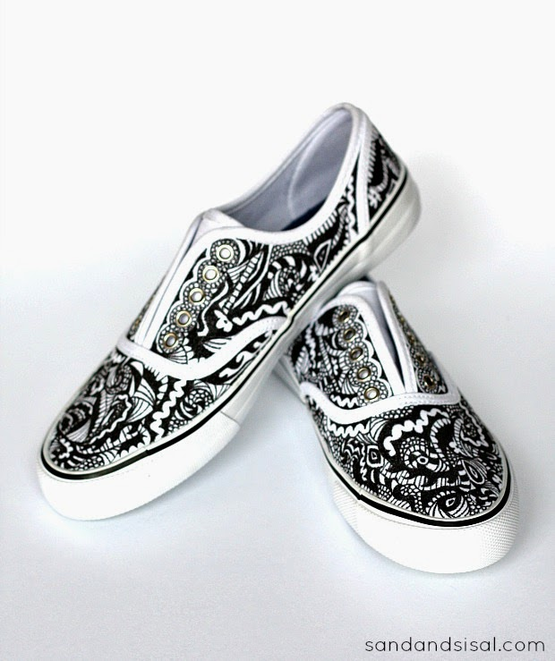 f8aead30c Use a black pen to doodle all over plain white shoes via Sand and Sisal.