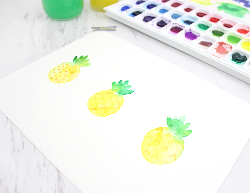 How to paint a watercolor pineapple by @linesacross