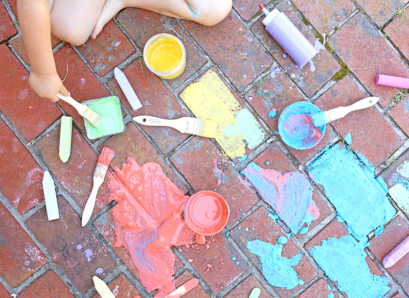 Sidewalk Chalk Paint - a messy summer craft for kids
