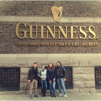 GUINNESS-SIGN