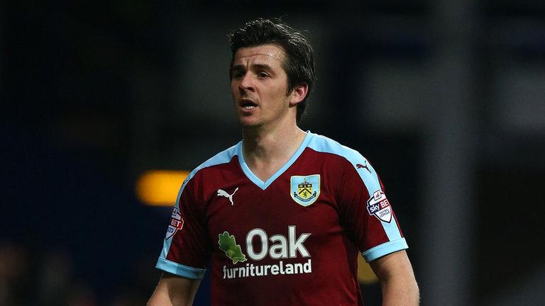 """Barton estava voltando ao Burnley após jogar no Glasgow Rangers. Ao que tudo indica, nem entrará em campo por seu """"novo velho"""" clube"""