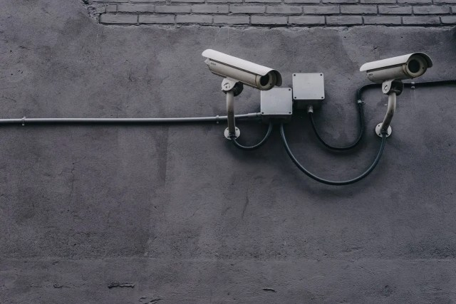 How Security Systems can discourage thieves?