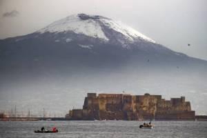 foto articolo freddo a Napoli