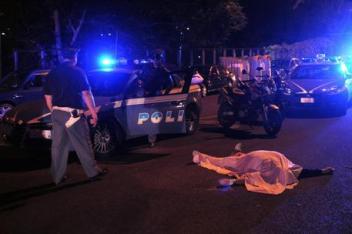 Omicidio a Napoli, vittima agguato è un parcheggiatore