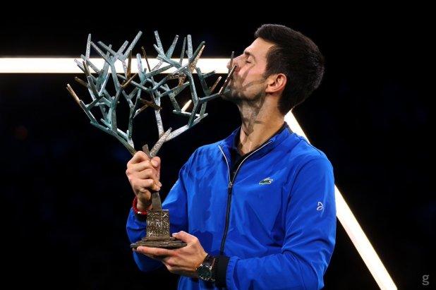 ATP Tour. Matteo Berrettini è nell'Olimpo del tennis mondiale. Nole Djokovc festeggia la quinta vittoria a Parigi Bercy.