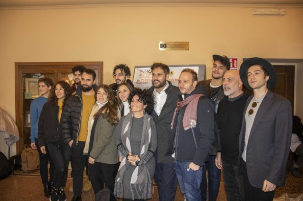 "(il cast ""Actor Dei"" in conferenza stampa"