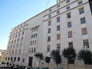 napoli_-_palazzo_della_questura-3