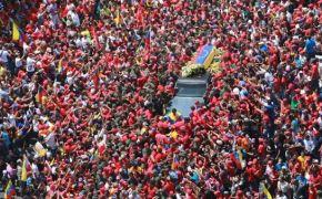 hugo_chavez_funeral_casket_600
