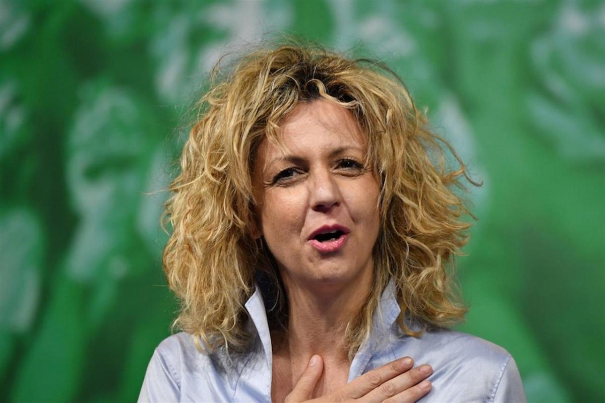 Tutte le gaffe di Barbara Lezzi, la ministra fantasma del Mezzogiorno -  Linkiesta.it