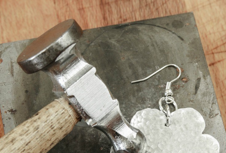 6 books to help you to master your jewelry making skills