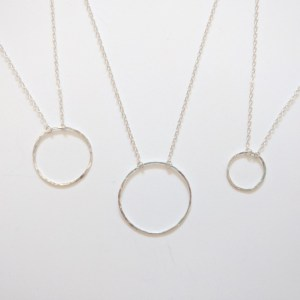 Circle pendant necklace by Linkouture