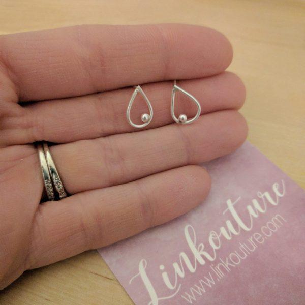 Minimalist teardrop post earrings