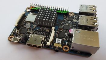 SiFive: HiFive Unleashed Development Board - First Linux