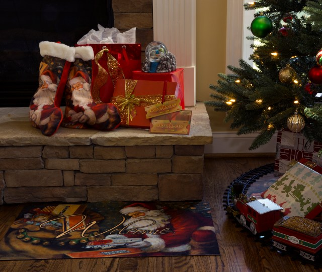 Lionel Christmas Holiday Kit