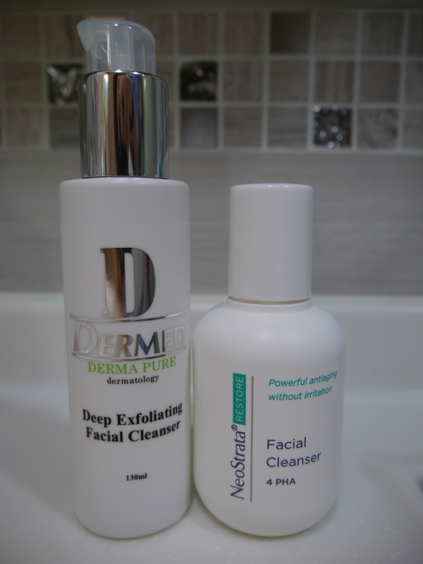 NeoStrata: Facial Cleanser vs Dermed: Deep Exfoliating Facial Cleanser