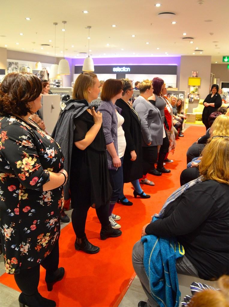 lipoedem mode self-help group found melanie fashion show in Kompression at Ulla Popken
