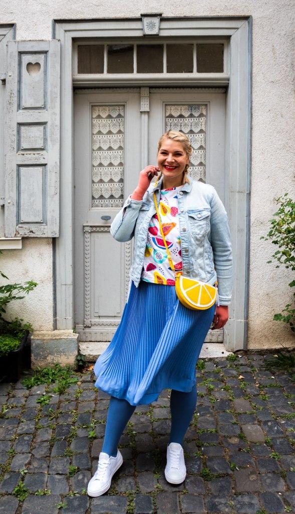 lipedema fashion outfit caroline sprott medi 550 denim blue coral plussize