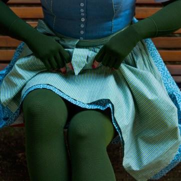 Lipedema knee functional zone fashion moss green medi armband compression flat knit caroline sprott
