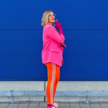 lipoedem fashion magenta athleisure flat knit plus size blogger caroline sprott lymphedema lipedema