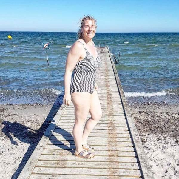 lipedema vacation ocean summer tips caroline sprott summer tips for flat knit wearers