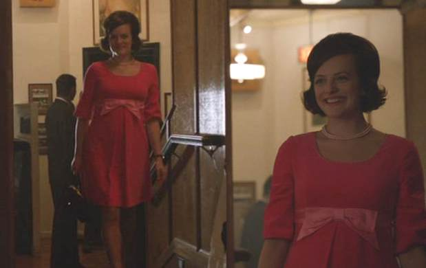 Mad Men, At the Codfish Ball, Peggy in Pink