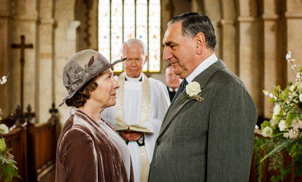 Downton_s6e3_carson-and-hughes-wedding