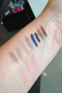 Jouer Swatches