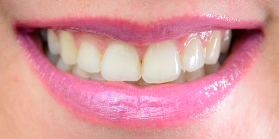 Revlon ColorStay Moisture Stain Lip Swatch 010 LA Exclusive