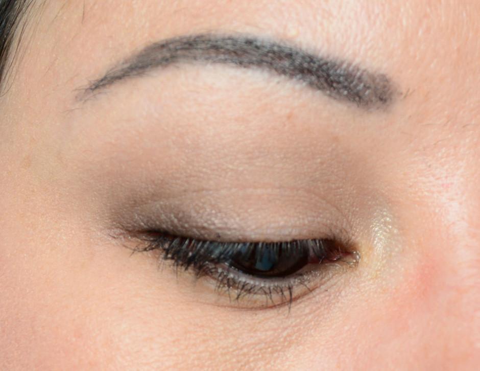 Dior Eye Primer vs NARS Smudgeproof Eyeshadow Base