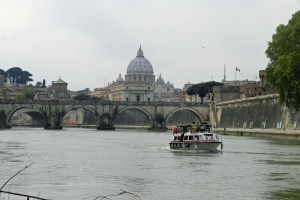 River cruise boats were the only water craft we saw on the Tiber during our visit to Rome.
