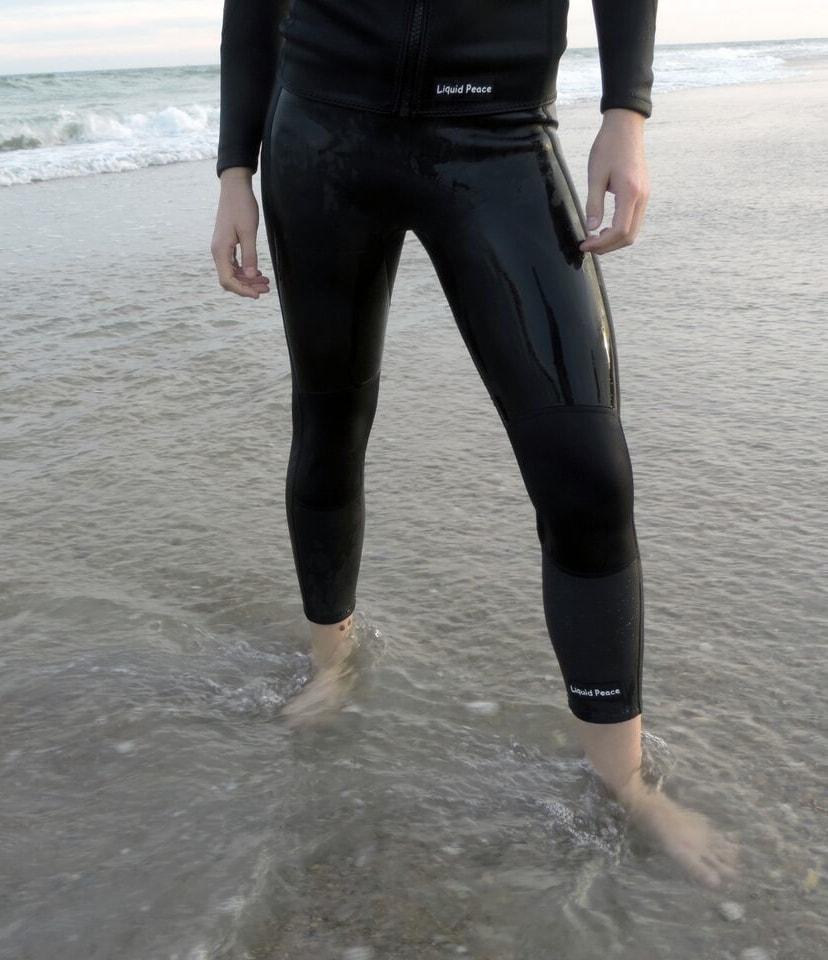 Women s 1mm Smooth Skin Wetsuit Pants - Liquid Peace a9ef19cb7
