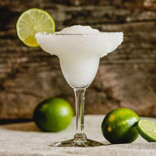 5 drinks con Maestro Dobel - __opt__aboutcom__coeus__resources__content_migration__liquor__2017__07__05150949__Frozen-Margarita-720x720-recipe-59566ae60c504508906963b1de69ad25