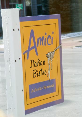 Amici Italian Bistro sign