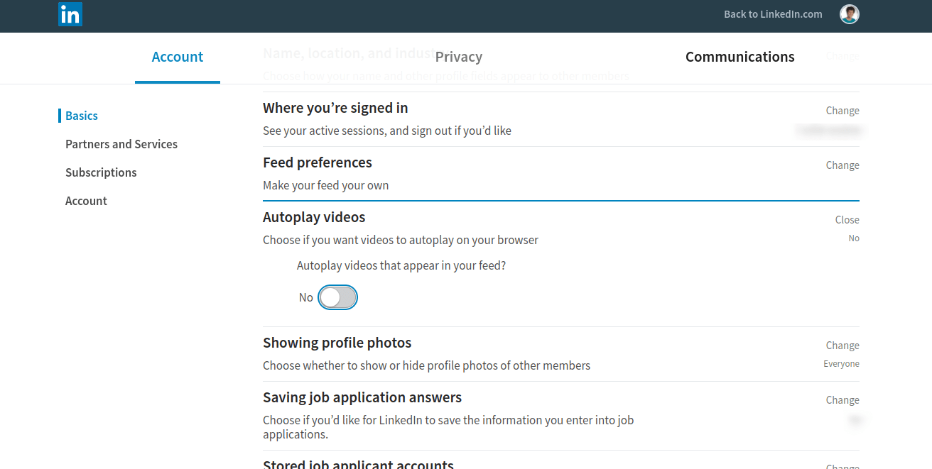 LinkedIn Autoplay video options set to No.