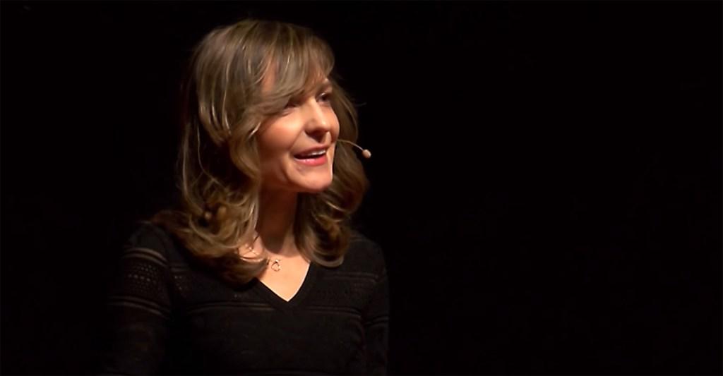 Pam Pavliscak on stage