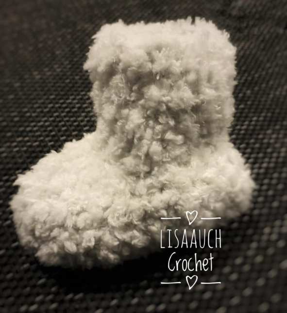 How to Crochet Baby Booties with 51 Patterns   AllFreeCrochet.com   646x591