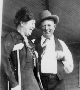 Hattie and Will, 1933