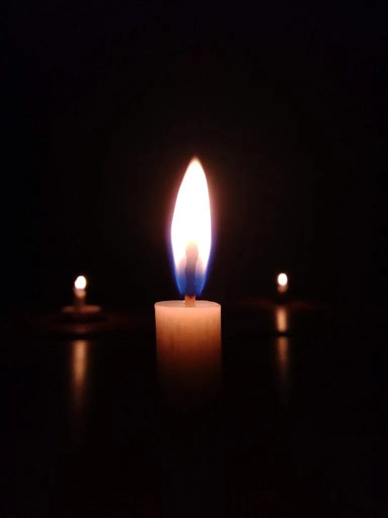 Black Picture Candle Profile