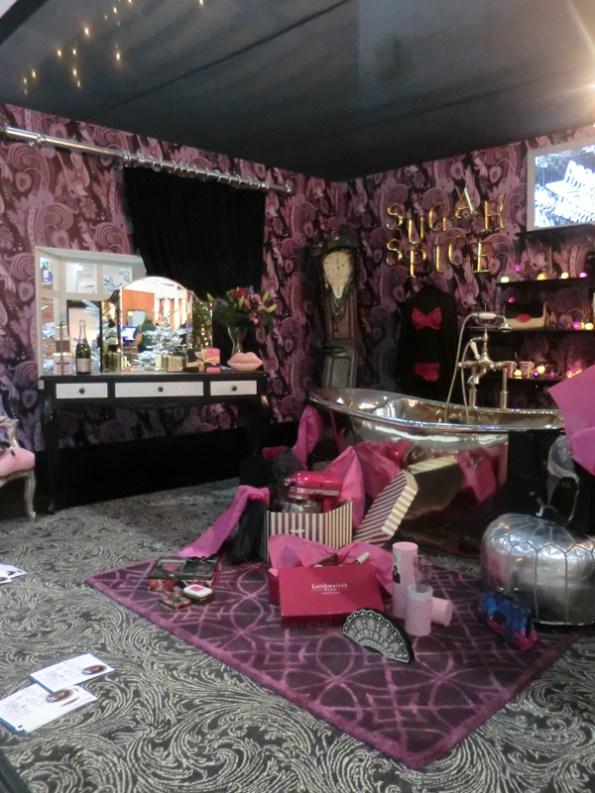 laurence-llweyn-bowen-room-3