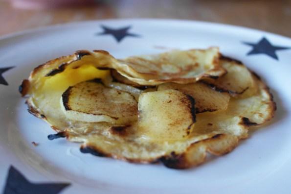 apple-and-cinnamon-pancake