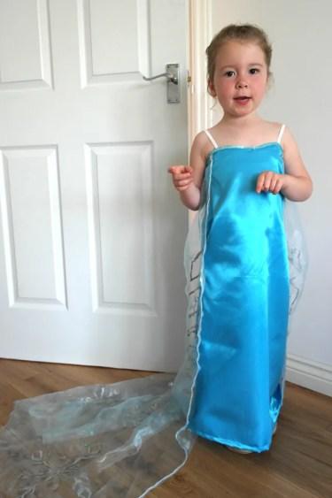 diy-elsa-dress